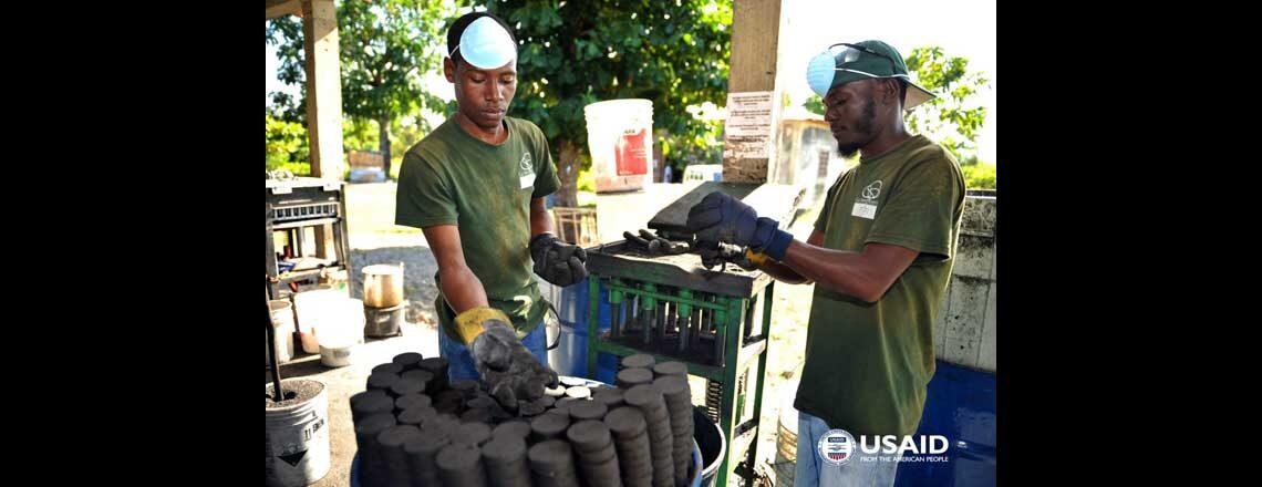 Le projet ATTEINDRE de l'USAID aidera 11 000 petites entreprises