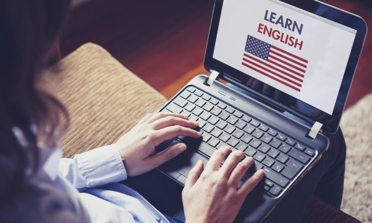 Embajada de EE.UU. y Fundación Educacional Oportunidad colaboran en programa de enseñanza de inglés