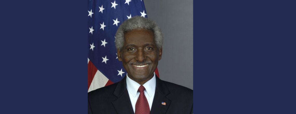 Declaración sobre el Fallecimiento del Exembajador de los Estados Unidos Larry L. Palmer