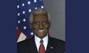 Embajador Larry L. Palmer