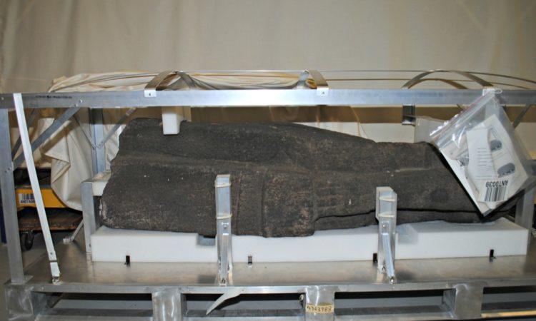Estatua Precolombina en su empaque especial lista para ser embarcada