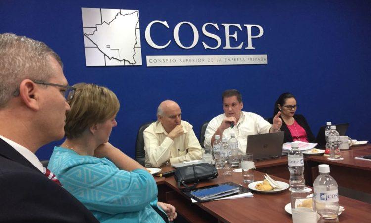 Embajadora se reunió con el COSEP