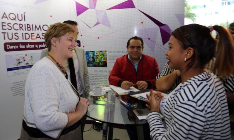 """La Embajadora Dogu durante el Encuentro Internacional """"Innovamos"""""""