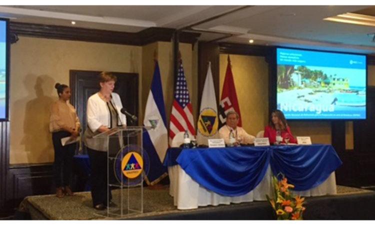 La Embajadora durante su discurso