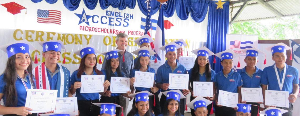 Ceremonia de Graduación de 19 Estudiantes al Programa Access en Ometepe