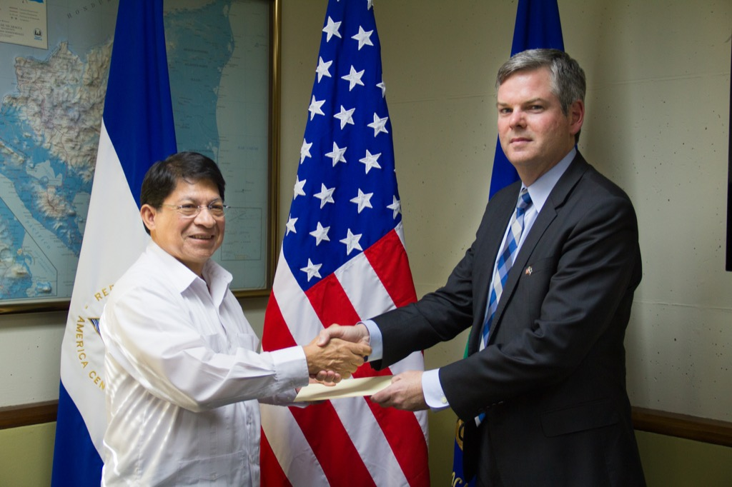 Ambassador Sullivan presents credentials