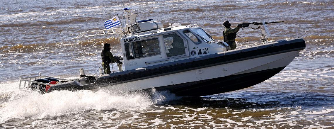 Estados Unidos donó a la Armada de Uruguay dos lanchas rápidas Metal Shark para patrullaje