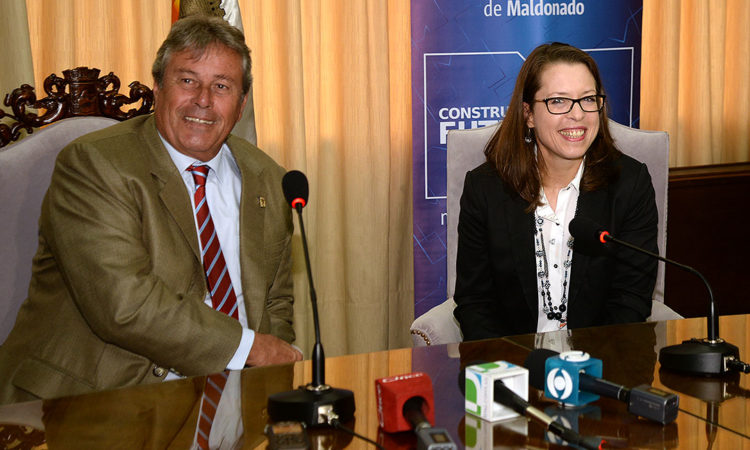 Emb. Keiderling y Int. Antía - Maldonado