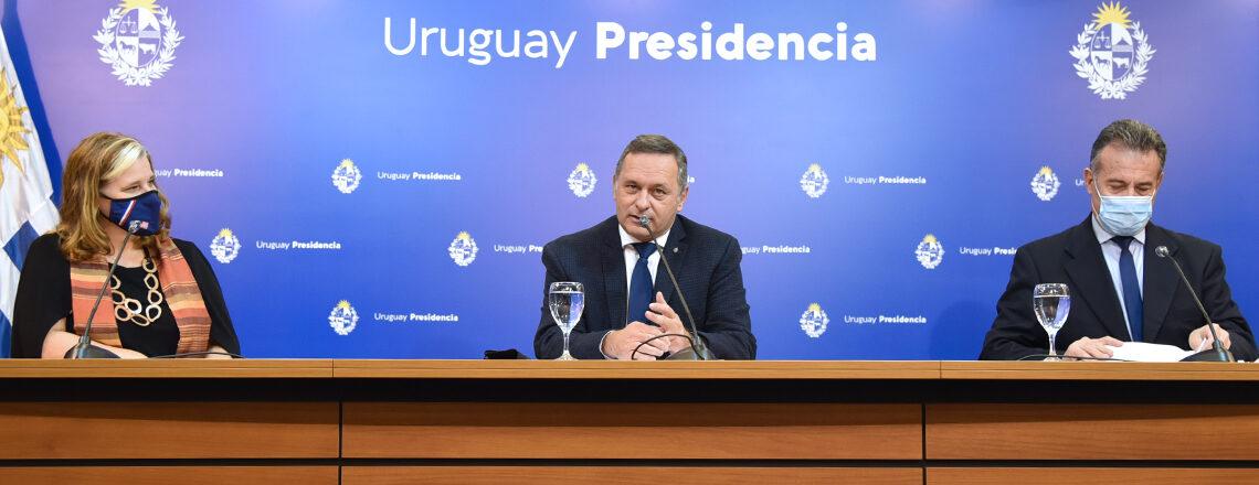 Estados Unidos dona 500.000 dosis de la vacuna de Pfizer a Uruguay