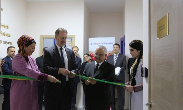 New Opportunity for Turkmen Producers: Ambassador Mustard and Union Chairman Dadayev open the first private Food Safety Lab in Turkmenistan