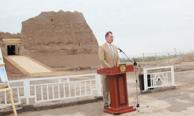 Ambassador Mustard speaks at the closing ceremony for restoration and conservation of the Greater and Lesser Gyz Gala monuments in Ancient Merv, supported by the U.S. Ambassadors Fund for Cultural Preservation (AFCP) on May 16, 2018.