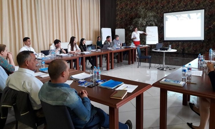 A group of specialists from transport and logistics companies of Turkmenistan attending the ISO workshop