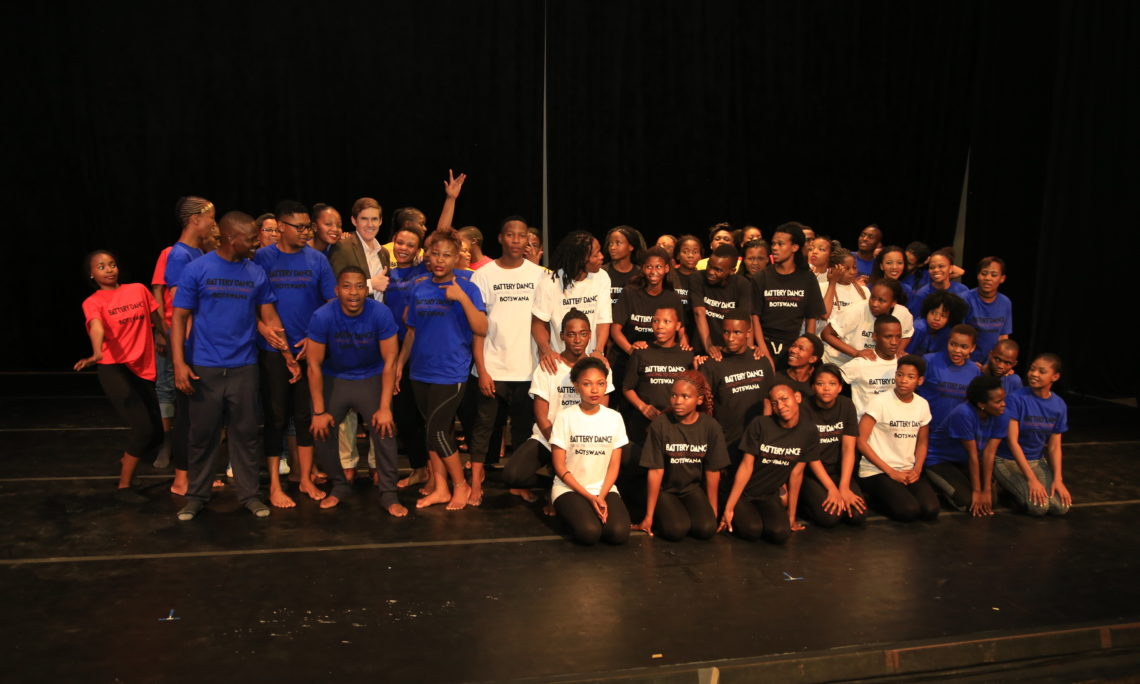 Dancing to Connect Performance with Battery Dance & Mophato Theater
