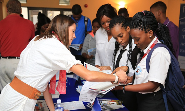 EducationUSA College Fair 2016