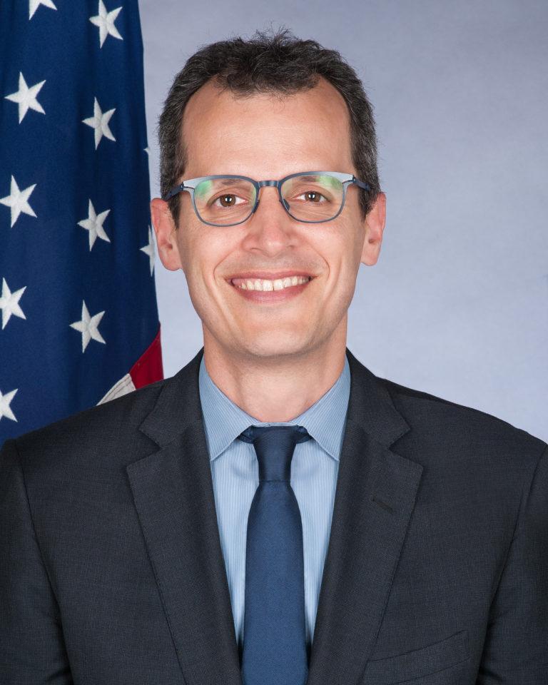 Photo of Chargé d'Affaires Mark A. Schapiro