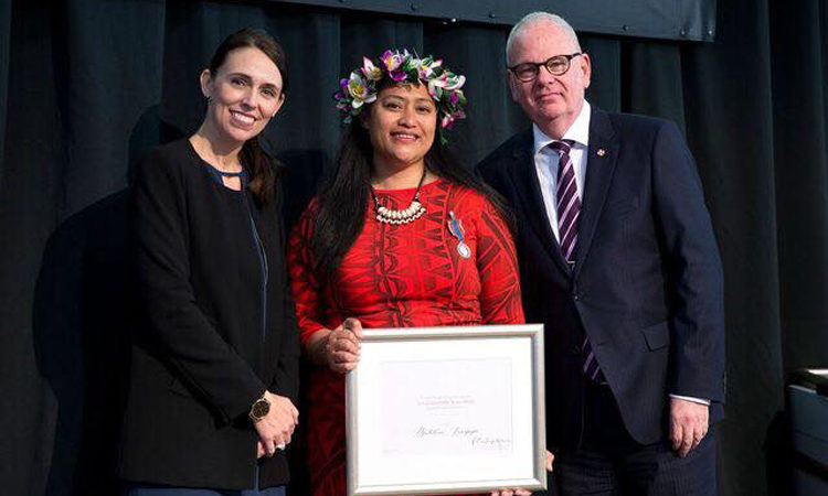 Recieving the 2018 inaugural Te Tohu Tūmatanui o Aotearoa New Zealand Public Service Medal. Photo credit: Matalena Leaupepe