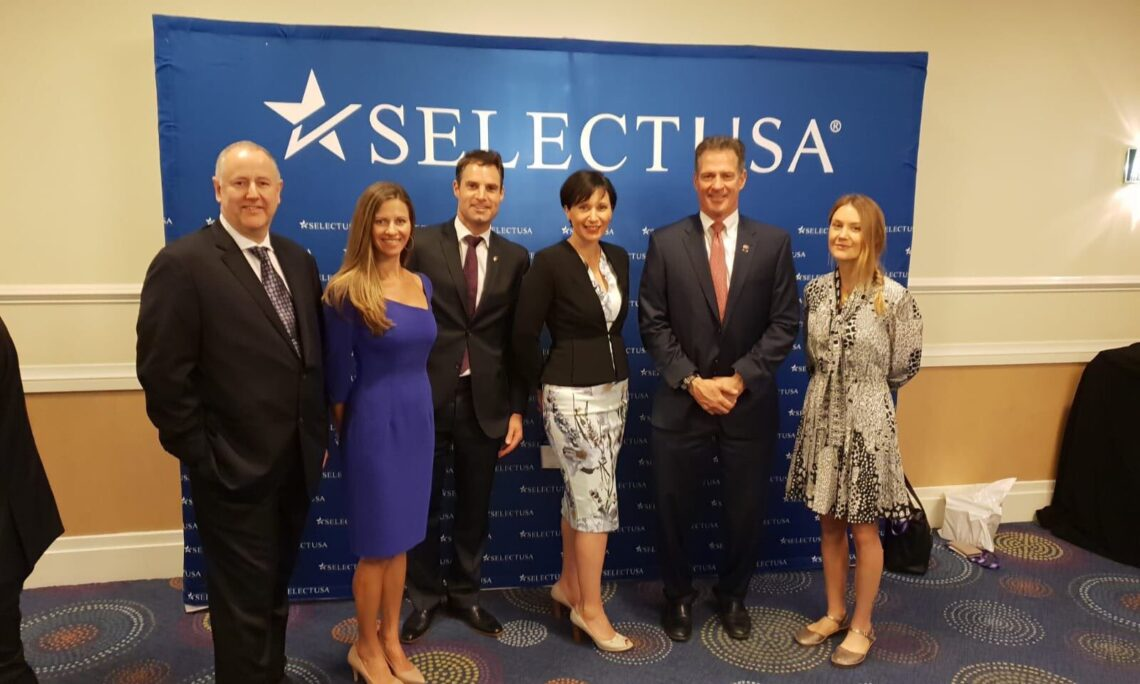 Ambassador Brown (second from right) with some of the 2019 SelectUSA Summit attendees from New Zealand. Photo credit: U.S. Department of State.