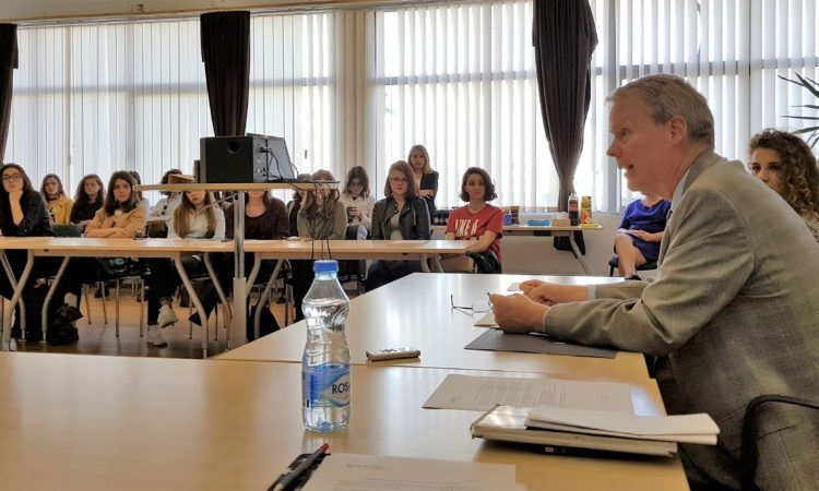 Girls be heard at KosovaLive