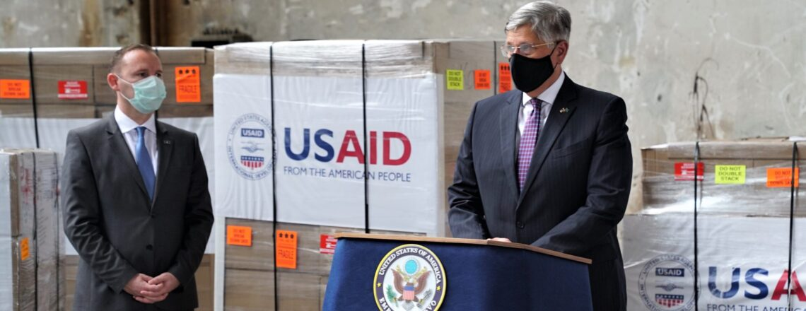 Obraćanje ambasadora SAD Filipa S. Kosneta povodom pristizanja respiratora