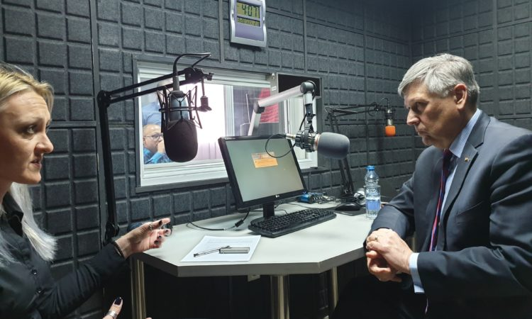 Ambassador Kosnett's Interview with Radio Kontakt Plus