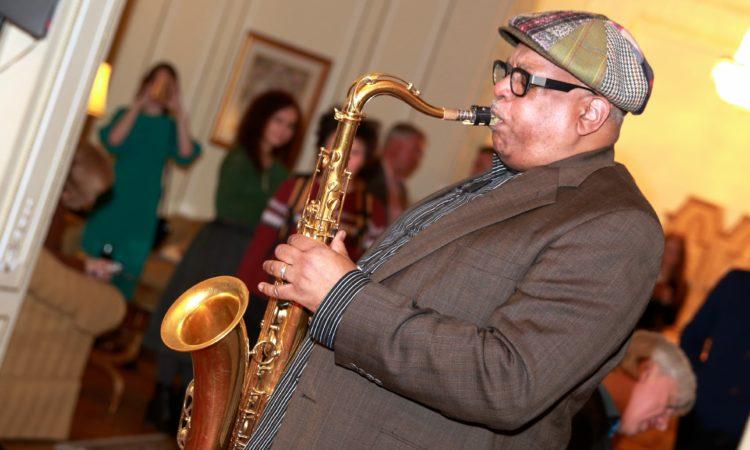Легенда джаза из Гарлема Билл Секстон