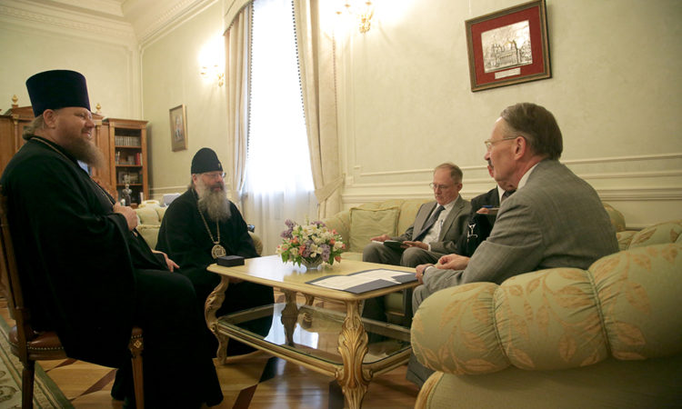 Consul General Paul Carter met with the Metropolitan of Yekaterinburg