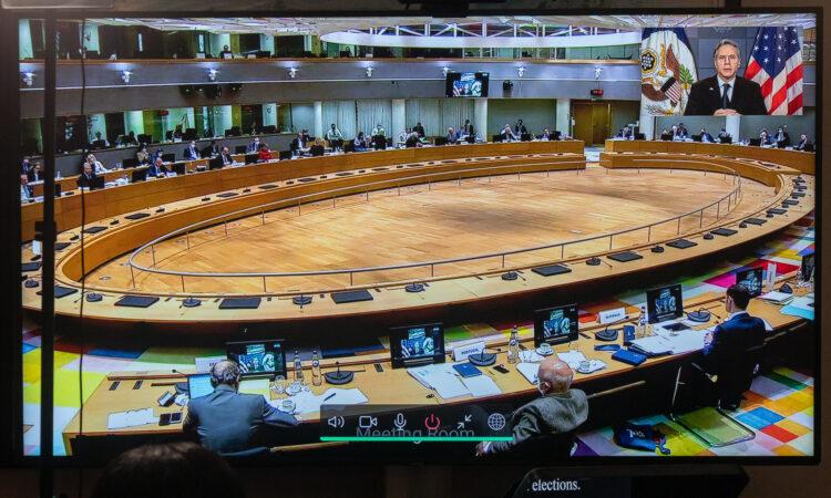 Госсекретарь Энтони Дж. Блинкен 22 февраля 2021 года принял участие в видеоконференции с Советом по иностранным делам Европейского Союза в Госдепартаменте США в Вашингтоне.