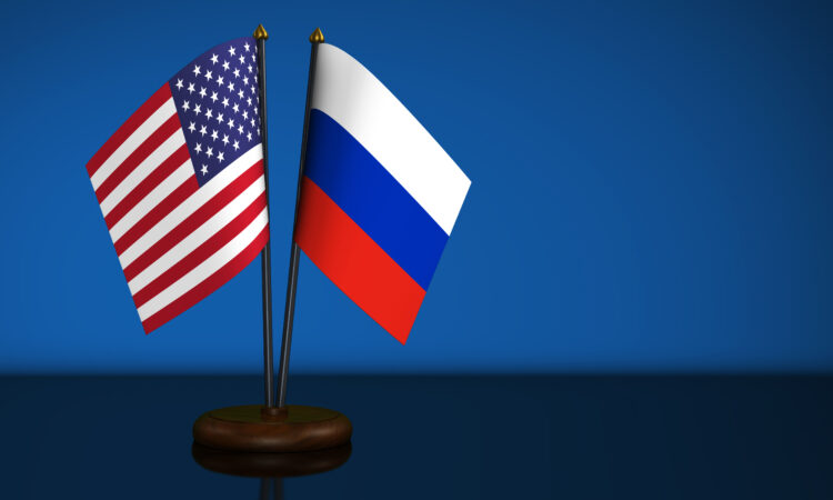 United States of America flag and Russian Federation desk flags