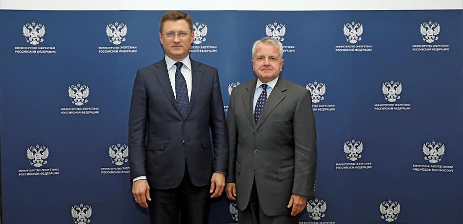 Ambassador John Sullivan meets with Minister of Energy of the Russian Federation Alexander Novak on February 6, 2020. Photo courtesy of MinEnergo.gov.ru