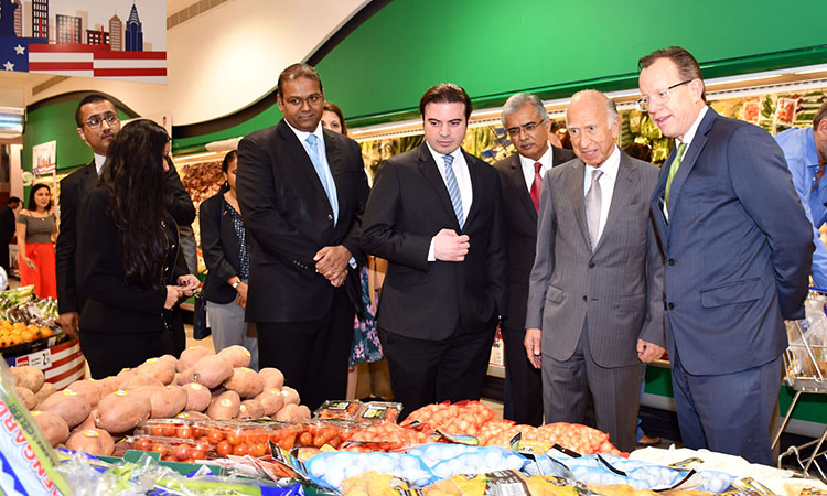 US Ambassador Visit to Al-Jazira Supermarket Promotes American Products in Bahrain