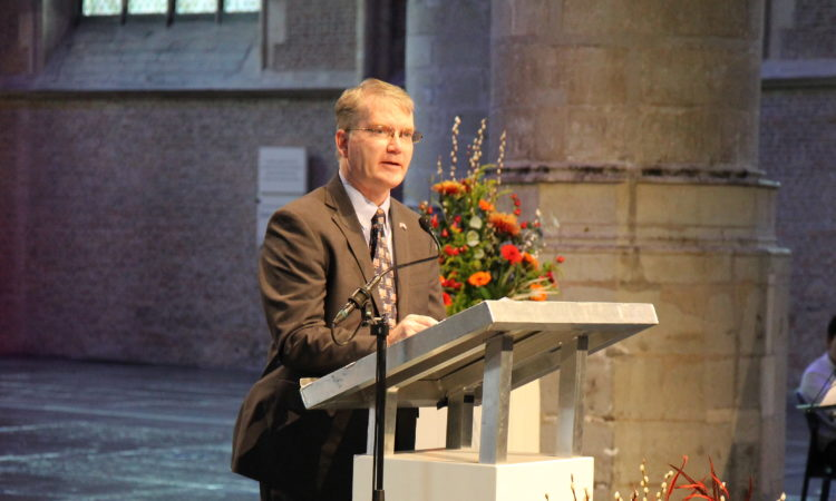 CDA Crowley speak in the Pieterskerk.