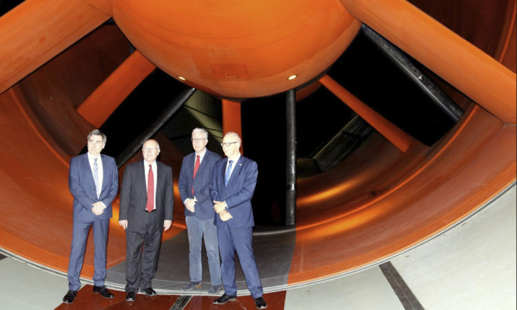 Ambassador Hoekstra visits the National Aerospace Laboratory (NLR) in Marknesse