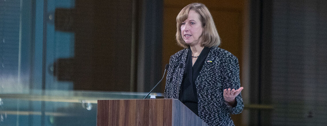 Посольство США оголошує про нову допомогу для початку вакцинації проти COVID-19 в Україні