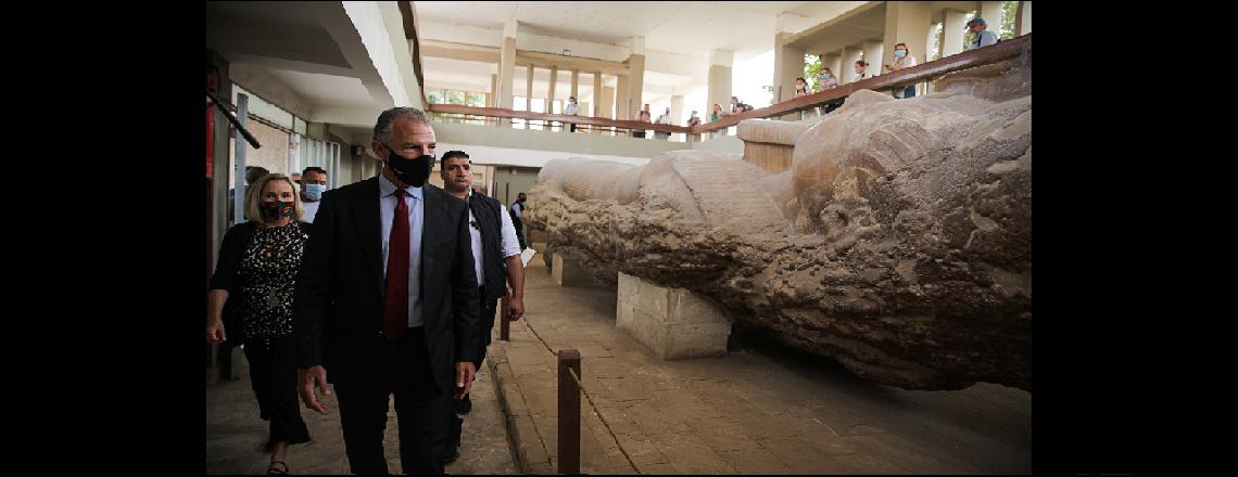 السفير كوهين يزور متحف ممفيس المفتوح الممول من الوكالة الأمريكية للتنمية الدولية