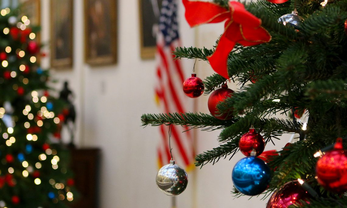 Christmas Celebration In America.Americans Celebrate Christmas With Many Traditions U S