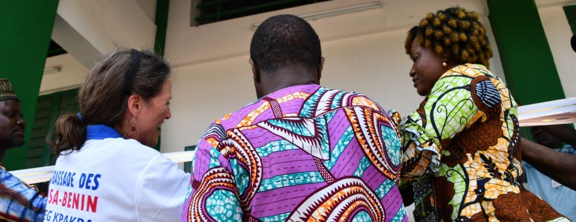 L'Ambassade Fournit de Nouvelles Salles de Classe et Latrines au CEG de Kpakpa-Agbagoulé