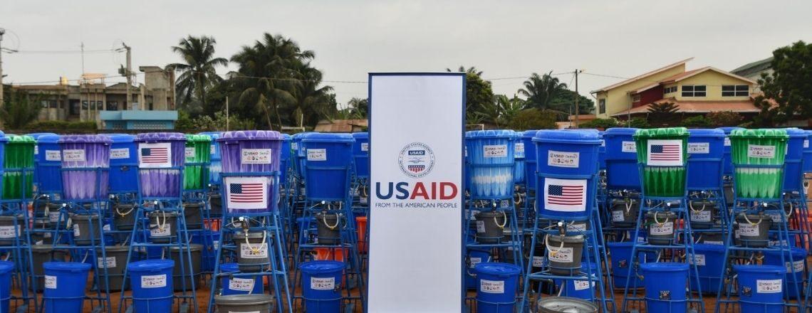 Les EUA Fournissent des Équipements de Santé pour Renforcer la Réponse du Bénin à la COVID