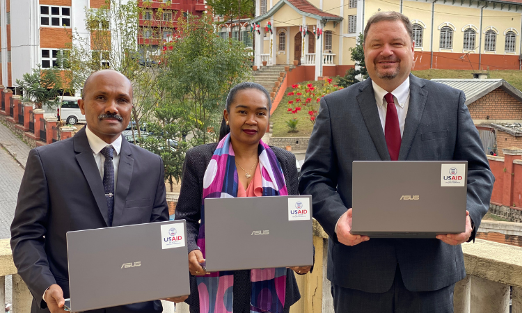 USAID Donates Computer and Communications Equipment to Improve Management of Public Funds