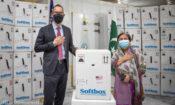 E_KKB0EX0AUCwITCOVID-19_coronavirus_vaccine_COVAX_Sindh_-Karachi-696×401