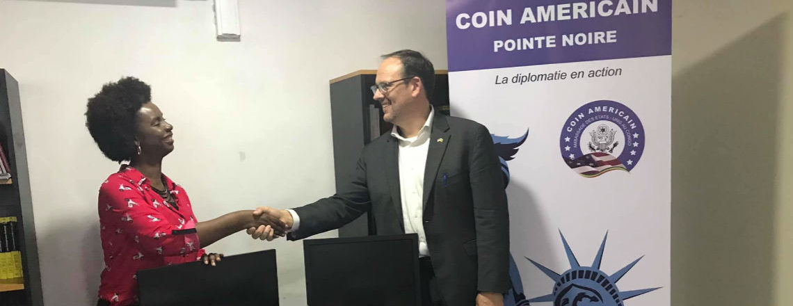 U.S. Embassy Donates Computers to American Corner in Pointe-Noire