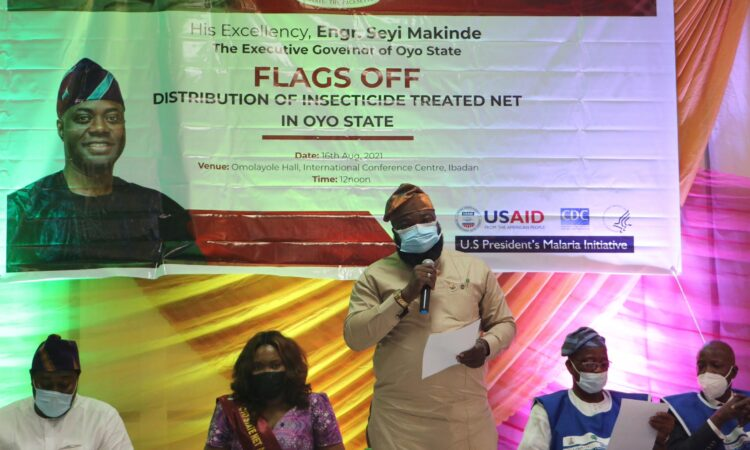 Abdul Mojeed Mogbonjubola, Deputy Chief of Staff to the Governor of Oyo State, makes remarks on receiving five million bed nets donated by USAID to be distributed throughout the state.