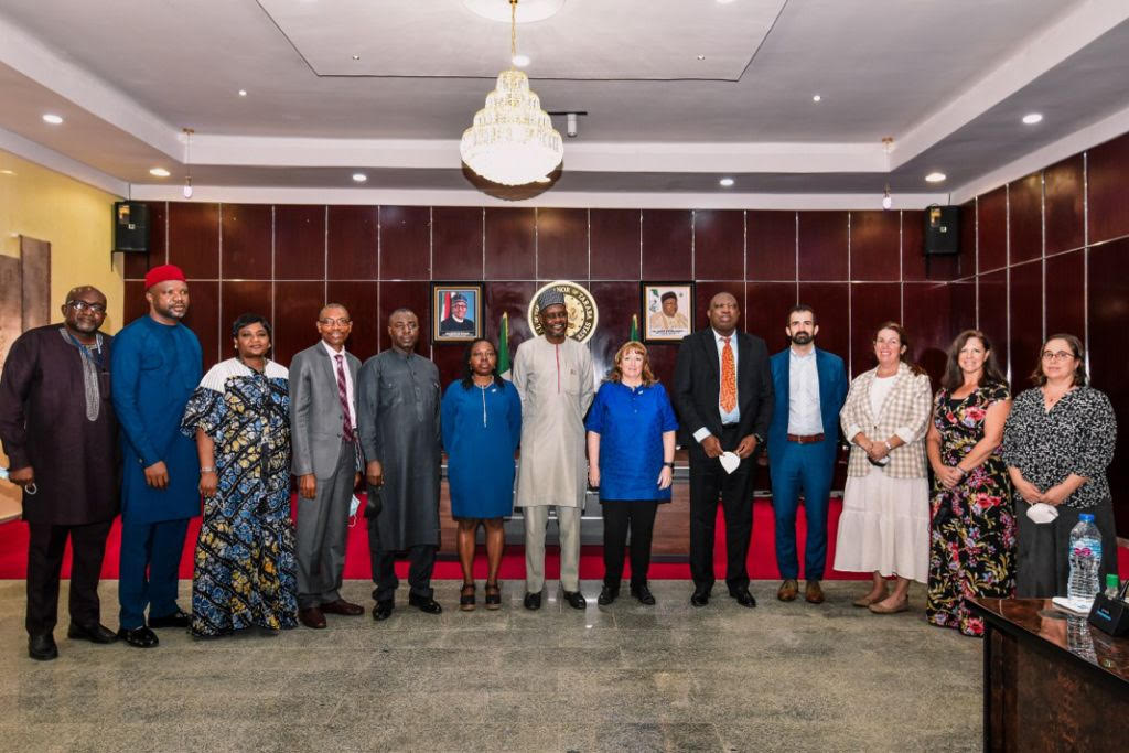 The U.S. government and Taraba State express commitment to building a new model for collaboration to ensure delivery of patient-centered care and sustainability of HIV epidemic control