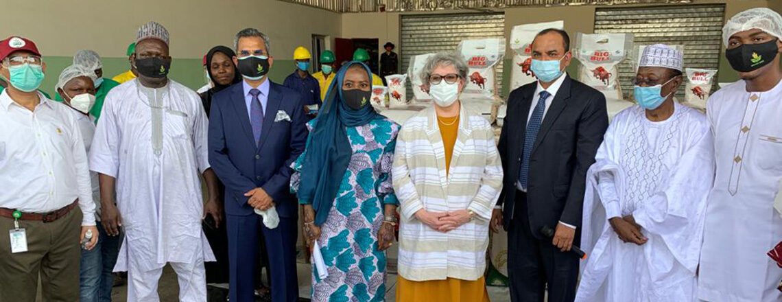 U.S. Ambassador Joins Kebbi Governor to Launch New Partnership with WACOT Rice to Improve