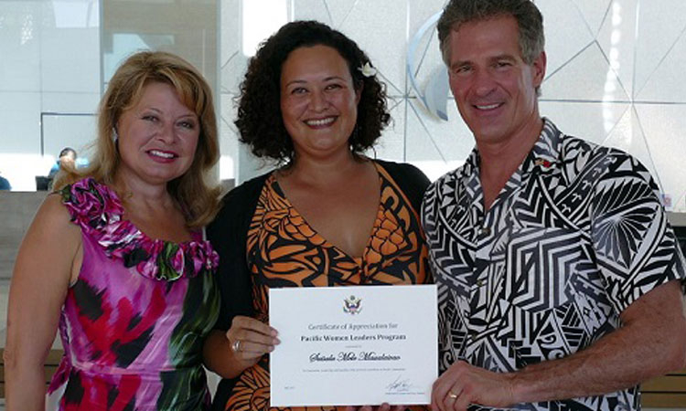 Papali'i Mele Maualaivao with Gail and Ambassador Brown. Photo credit: U.S. Department of State.