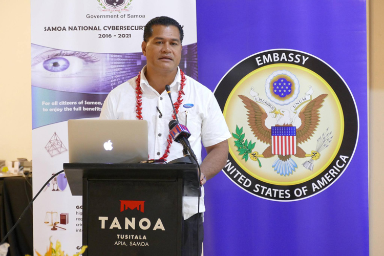 Today, trainings conducted by the U.S. FBI – Federal Bureau of Investigation for 26 Government of Samoa IT professionals commenced with the focus on Cyber Investigation. Photo credit: U.S. Department of State.