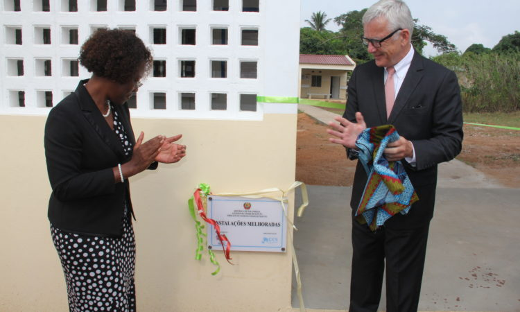 Ambassador Pittman at Albasine pediatric health unit