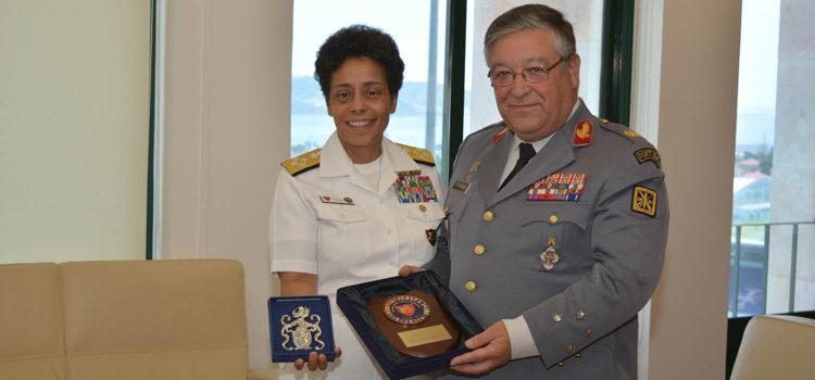 A Almirante Howard e General Artur Pina Monteiro