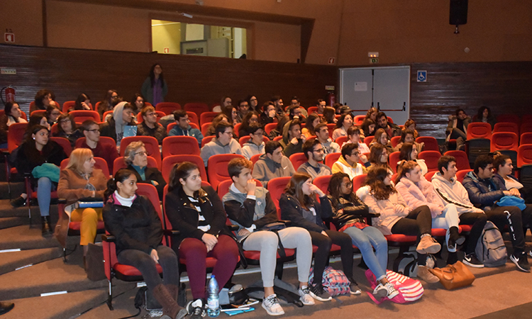 The audience at Padre Antonio Macedo school.