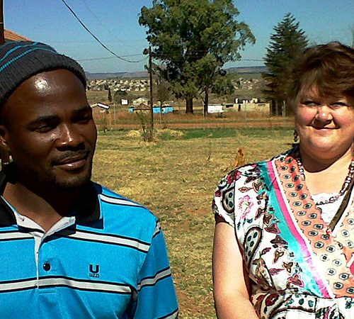 Mduduzi Yende was a nervous man, afraid to test for HIV when he first met Nurse Mentor Elza Marx at the Amsterdam Community Health Centre in Mpumalanga.