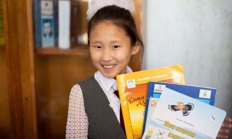 09 23 20 USAID donates children's books pic 4